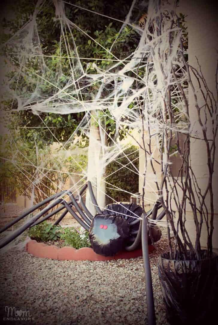 27 Best Outdoor Halloween Decorations 98 - Garden Decor