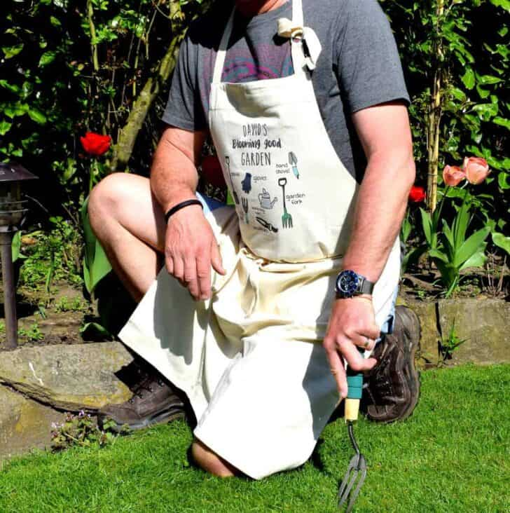 Top 7 Clothing and Accessory Items Every Gardener Should Have 40 - Garden Tools