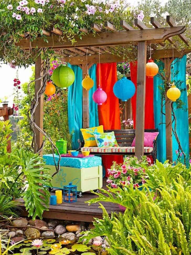 10 Cheap Ways to Spruce Up Your Garden 15 - Garden Decor