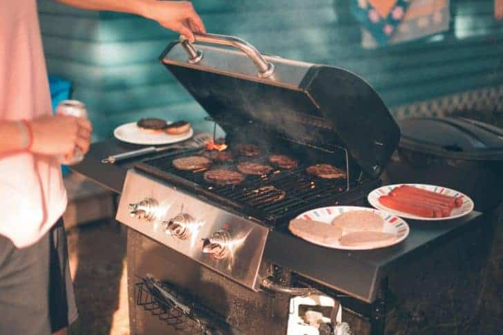 What To Choose: Gas Or Charcoal Grill? 23 - Fire Pits & Grills