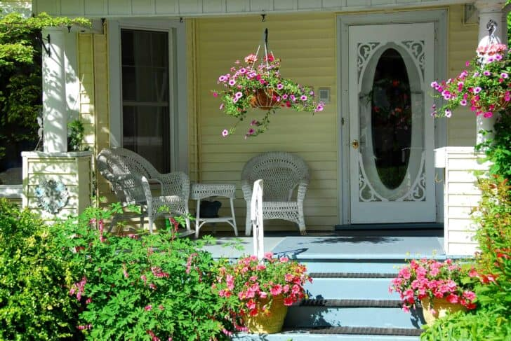 Flower garden ideas in front of the house 33 - Garden Decor