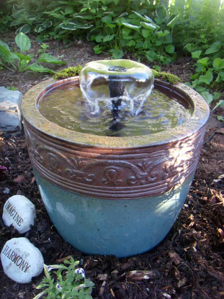5 Water Feature Design Ideas 23 - Garden Decor