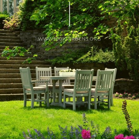 How to Create a Backyard Oasis